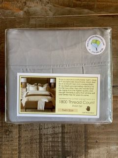 1800 thread count gray twin size sheet set brand new! Retails for over $50 through HHS Golden Girls fundraiser. Fits twin XL dorm beds.