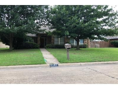 3 Bed 2 Bath Preforeclosure Property in Grand Prairie, TX 75052 - Briar Hill Dr