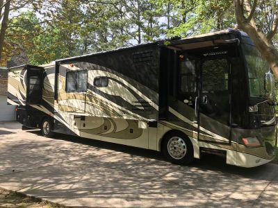 2009 Fleetwood Discovery 40X