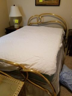 Full Size Brass Bed (Headboard/Footboard/Mattress)