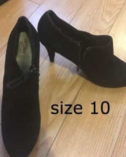 black boot size 10