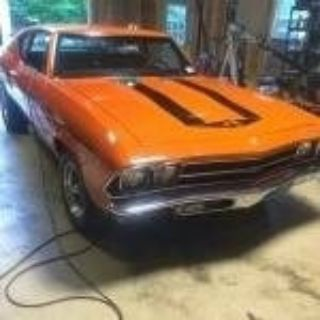 1969 Chevrolet Yenko Clone Chevelle (Huggar Orange)