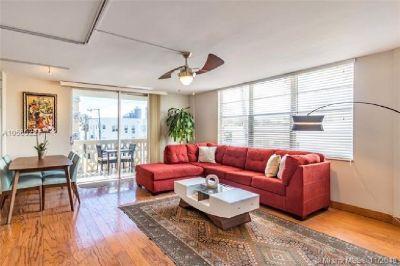 Miami Beach: 2/2 Spacious apartment (Meridian Ave., 33139)