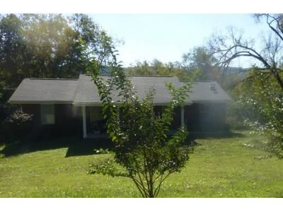 3 Bed 2 Bath Preforeclosure Property in Powell, TN 37849 - Granville Conner Rd