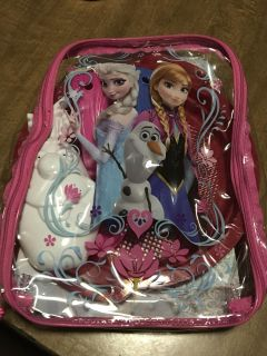 NWT. FROZEN SAND TOY BACKPACK