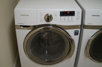 $1,500, New Samsung VRT Steam front load washer and dryer