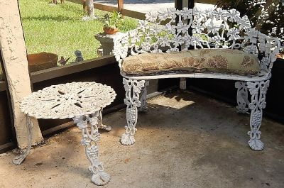 CAST IRON Bench / Matching Table