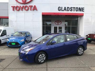 2018 Toyota Prius Four (blue)