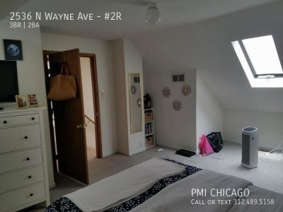 LOVELY Lincoln Park Duplex 2 full bath,a/c,w/d, hdwd, deck, fp, 1 pkg