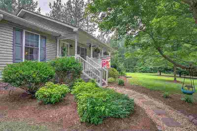 185 May Ln LOUISA, Perfectly tucked away 3 BR