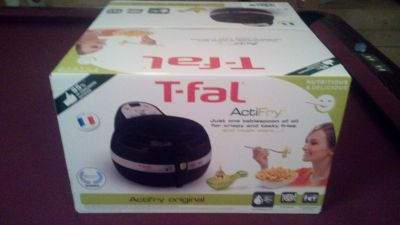 T-FAL ACTIFRY AIR FRYER 1 TBSP of OIL FRYS 2 LBS..