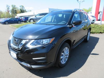 2019 Nissan Rogue (MAGNETIC BLACK)