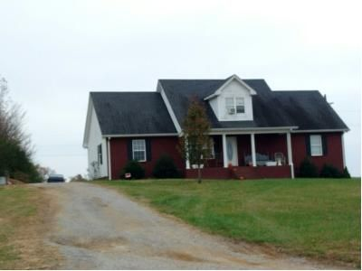 2 Bath Preforeclosure Property in Lafayette, TN 37083 - Tuck Rd
