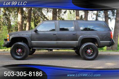 1999 Chevrolet Suburban K1500 (Gray)