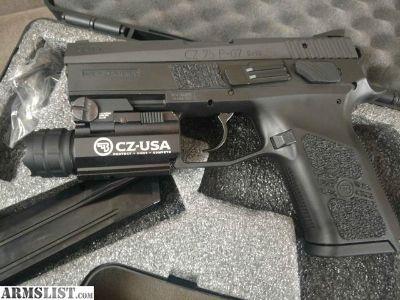 For Sale/Trade: Like New CZ 75 P-07 Duty 9mm w/ Taclight