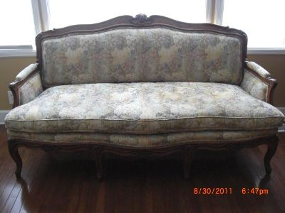 6' Antique Louise XV style Sofa Couch
