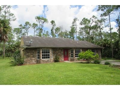 3 Bed 3 Bath Foreclosure Property in Naples, FL 34117 - 6th Ave SE