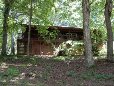 3 Bed 2 Bath Preforeclosure Property in Clyde, NC 28721 - Thistle Rdg