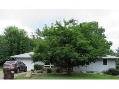 4 Bed 1.5 Bath Foreclosure Property in Inver Grove Heights, MN 55077 - 58th Ct E
