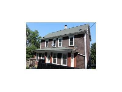 3 Bed 1.1 Bath Foreclosure Property in Johnstown, PA 15906 - Mckeever St