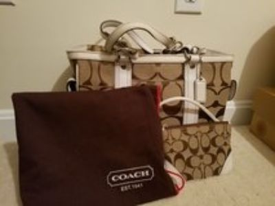 Coach Tote with wristlet