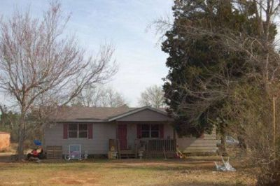 Foreclosure in Elberta, Alabama, Ref# 344462