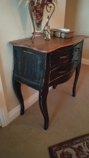 Small chest/table