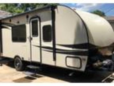 2016 Palomino RV Palomini Travel Trailer in Richardson, TX