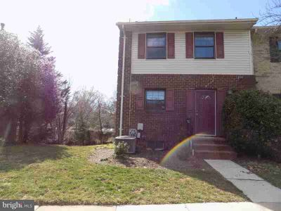 21 Bellows CT Towson Three BR, New Stainless Steel Refrigerator