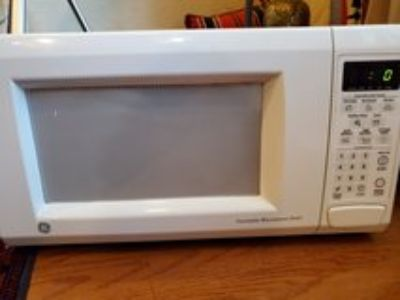 MIcrowave -GE Turntable oven