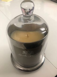 APOTHECARY GUILD DOMED CANDLE - SNOW BERRY