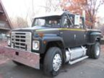 1985 International S1900 Crew Cab Pick-Up / Dump Truck