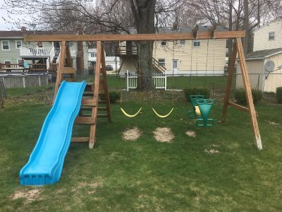 Swing set plus two additional swings not pictured