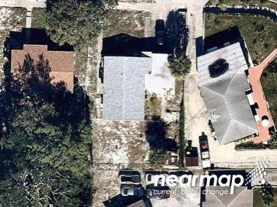 3 Bed 1.0 Bath Foreclosure Property in Lake Worth, FL 33460 - 14th Ave S