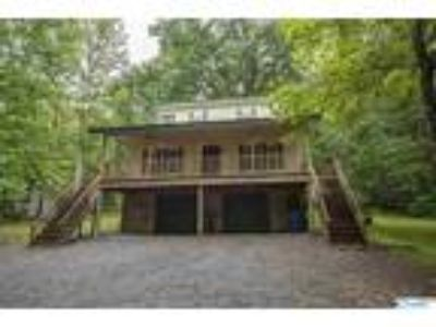 Fort Payne Real Estate Home for Sale. $119,500 3bd/Two BA. - Kevin Burt of