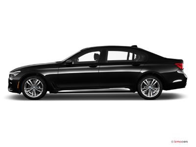 2019 BMW 7-Series 740I XDRIVE (Black Sapphire Metallic)