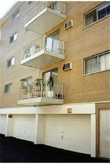 Apartment for rent in Forest Park.