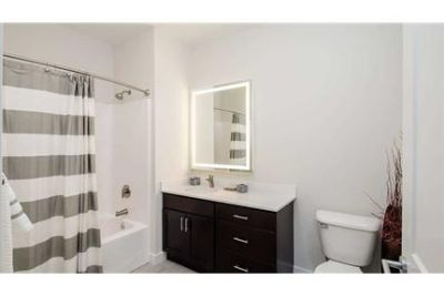1,287 sq. ft. \ Canandaigua \ 2 bathrooms - come and see this one. Single Car Garage!