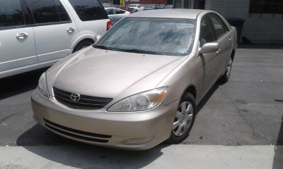 2003 Toyota Camry LE (Gold)