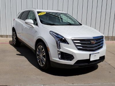 2019 Cadillac XT5 (Crystal White Tricoat)