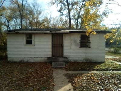 3 Bed 1 Bath Foreclosure Property in East Saint Louis, IL 62203 - N 71st St