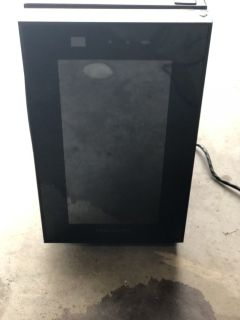 Frigidaire Thermoelectric 8 Bottle Wine Cooler Black