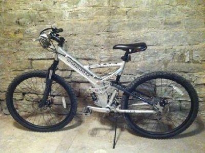 "$225 OBO Mongoose Blackcomb 26"" Mountain Bike"