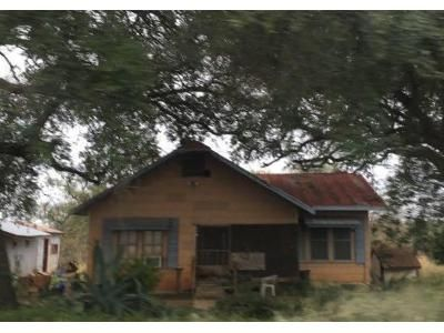 Preforeclosure Property in Devine, TX 78016 - Fm 1343