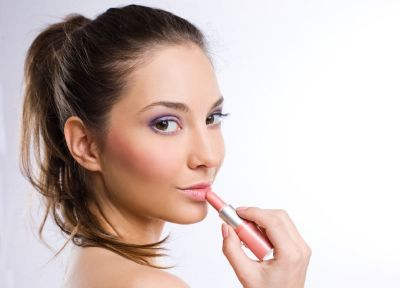 Beat the Heat with These Summer Makeup Tips - Jon Lori Salon in Monmouth County