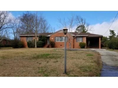 3 Bed 2 Bath Foreclosure Property in Milledgeville, GA 31061 - Lakeside Dr