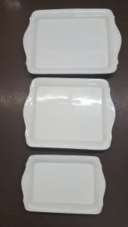 World Wide Home Serving Tray Set