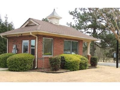 4 Bed 2.5 Bath Foreclosure Property in Sanford, NC 27332 - East Landing