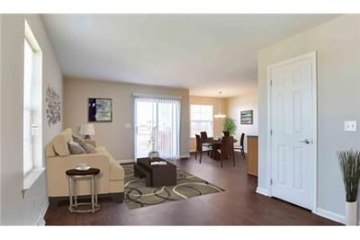 3 bedrooms Apartment - Lion's Gate Townhomes in Red Lion.
