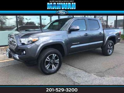 Used 2016 Toyota Tacoma 4WD Double Cab V6 AT